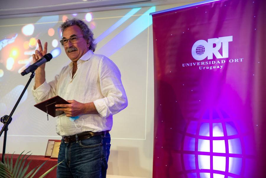 Gonzalo Moreira en los Reconocimientos a la Creatividad y la Innovación 2020