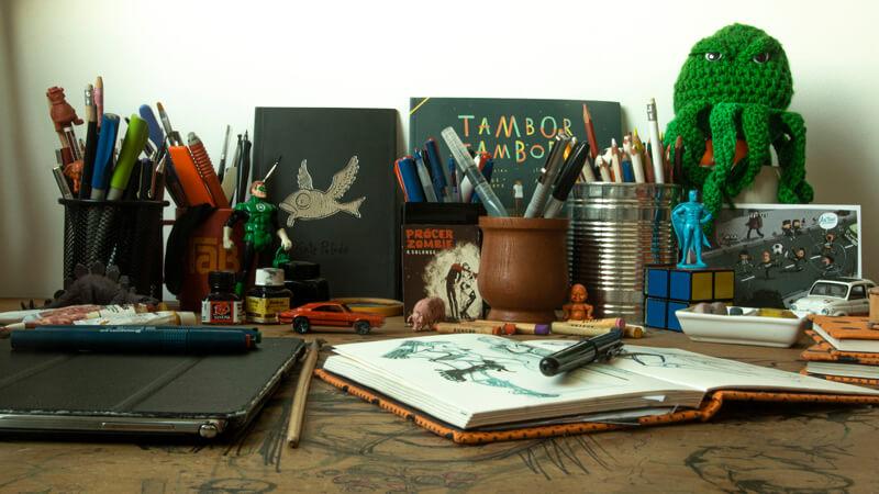 Andrés Silva, Licenciado en Diseño Gráfico de la Universidad ORT Uruguay