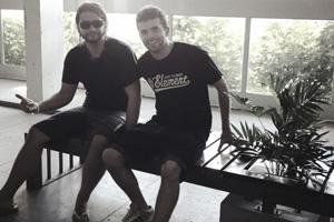 Andrés Espina y Nicolás Noblía en el banco FRANS. Foto: gentileza de los diseñadores.