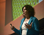 Raquel Oberlander en el Social Media Day. Foto: Diego Olivera para la Universidad ORT Uruguay.
