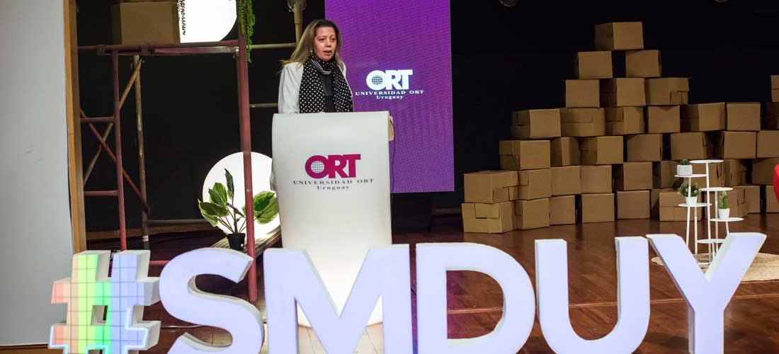 *Sabrina Bianchi en el Social Media Day Uruguay.*