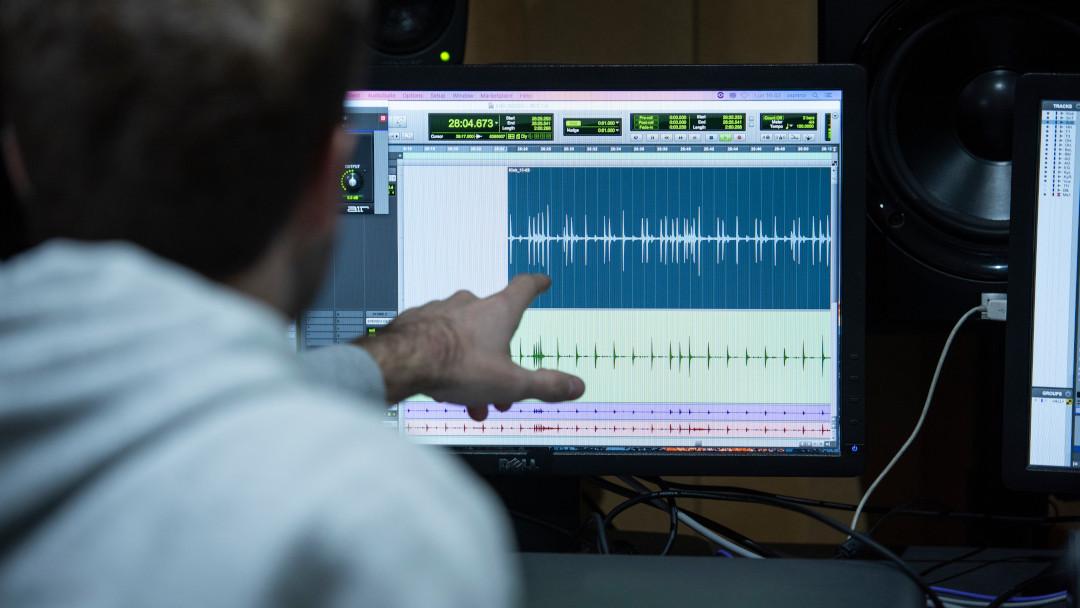 Sala de masterización de mezcla y postproducción de sonido