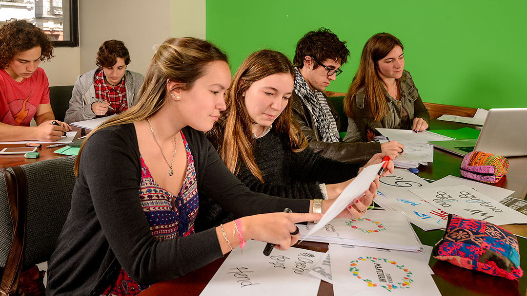 Concursos de Diseño Gráfico y Visual - Universidad ORT Uruguay