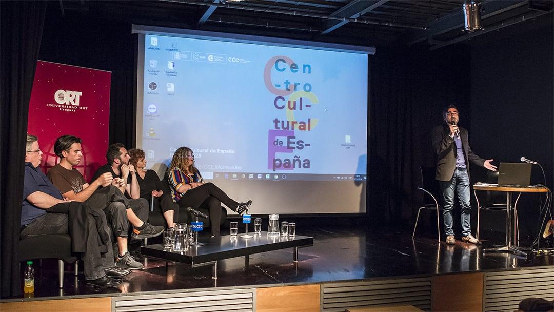Conversatorio: Por qué estudiar Diseño, Arte y Tecnología en el siglo XXI
